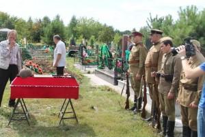 Перезахоронение останков рядового Медведева Г.Н. на кладбище г. Бердска Новосибирской области
